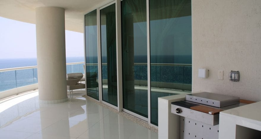 Turnberry Peisach Residence
